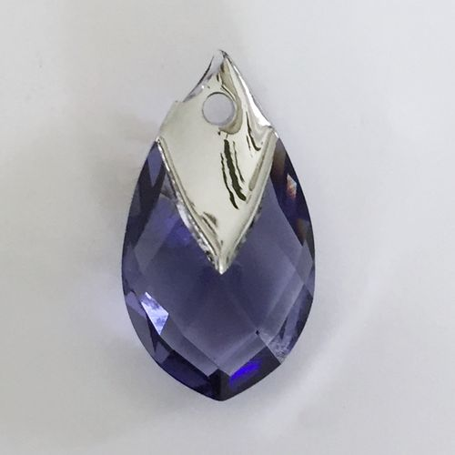 Swarovski Metallic Shaped Pendant, 18 mm